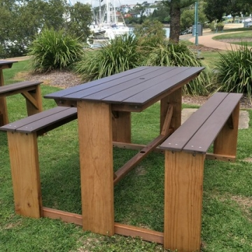 Outdoor bar picnic tables