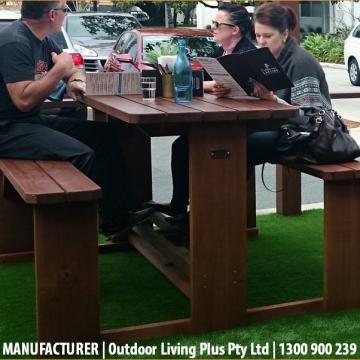 Outdoor_Bar_Tables00004