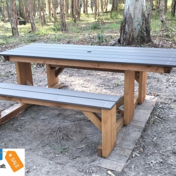Wheelchair_picnic_tables_scew
